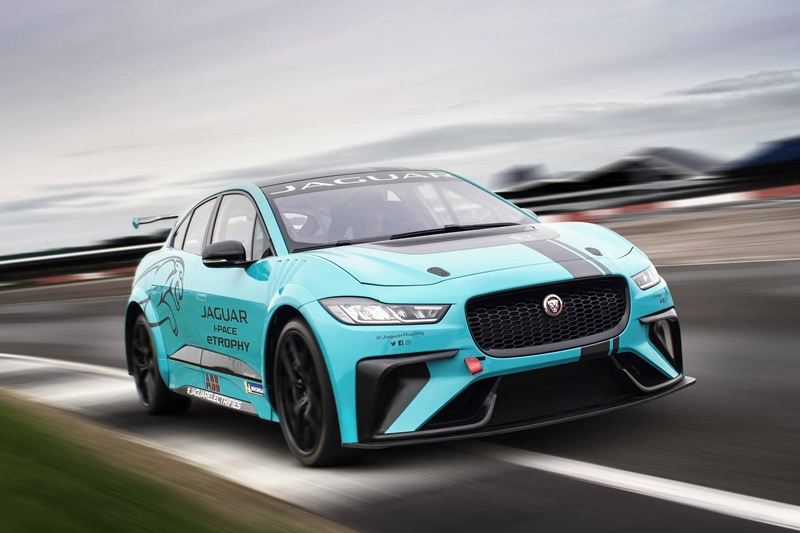 Jaguar eTROPHY 208-2019